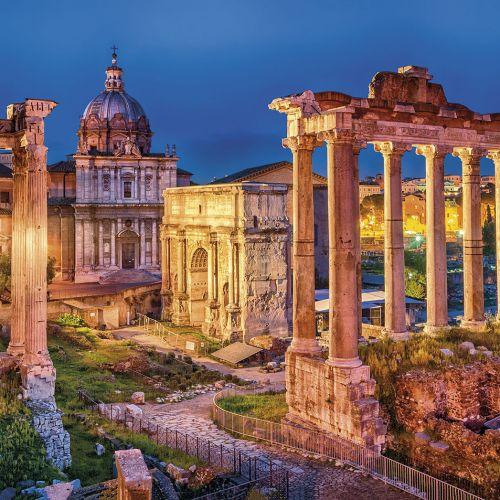 Roman Forum, Rome, Italy; Shutterstock ID 187545113; Nombre de Revista: Especial Ciudades Viajes NG; Nr de la revista: 5; Mes de publicación: junio; Cliente/ Licenciatario: RBA Revistas