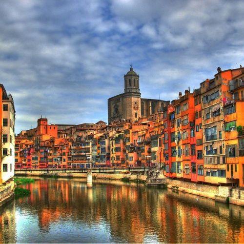 Girona, ciudad de la región de Cataluña